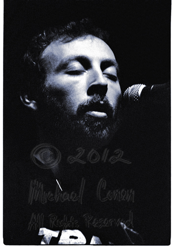 Michael Conen -  Richard Thompson eyes closed vertical 2 [Richar