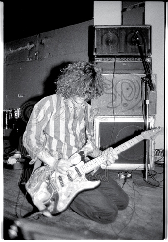 Decent frame of Wayne Coyne in front of his rig