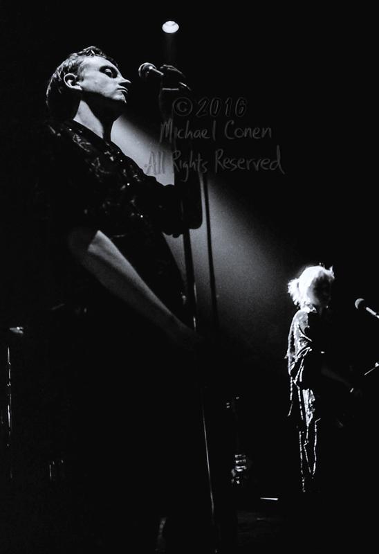 Michael Conen - [PROOF] Mark E. Smith spotlight & Brix E. Smith