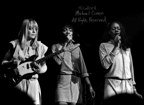 Michael Conen - [PROOF] Tina Weymouth big eyes, Edna Holt & Lynn