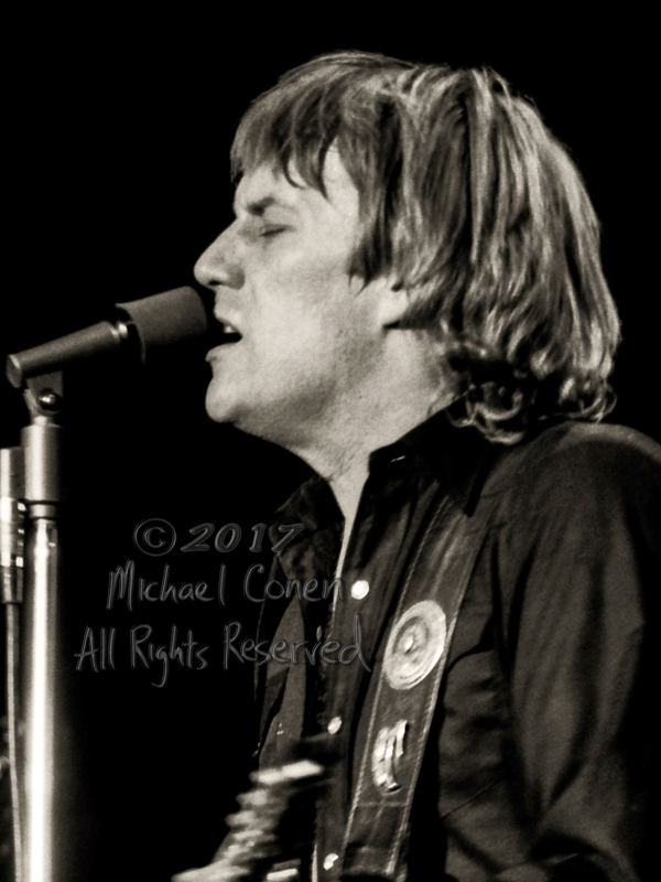 Michael Conen - [PROOF] Alvin Lee closeup singing LG [Alvin Lee