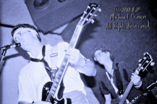 "Lush Pyle & The Carpets Tewligan's Louisville, Kentucky 1982 *** These photos were taken on print film, and then digitally scanned at 2000 dpi. All images viewed here are ""proofs"" of the negatives. Serious inquiries regarding further publication will be entertained. Any further use requires permission from the photographer; Michael Conen Please contact me with comments, questions, etc. at michaelconen@tutanota.com"