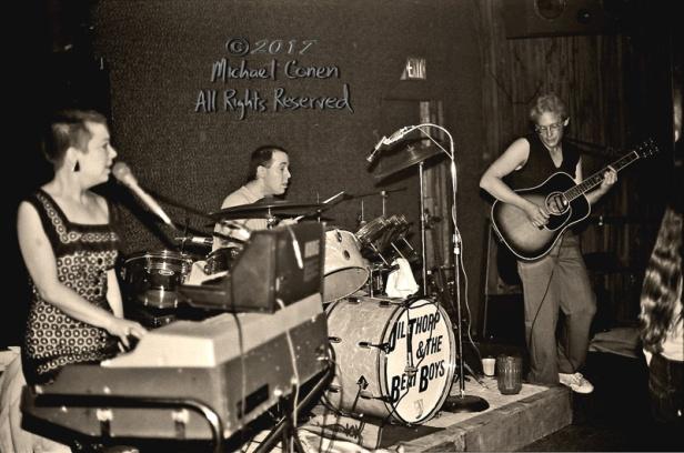 Michael Conen - [PROOF] Jil Thorp, drummer & John Timmons horizo